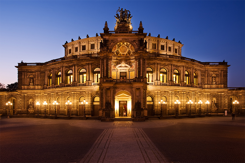 Semperoper at Night!